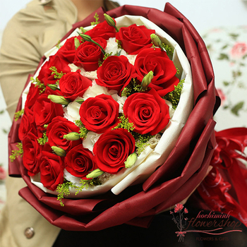 Love flowers for girlfriend in Hochiminh